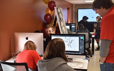 LCCC's Media & Design Center Gives Students a Taste of a Digital Business